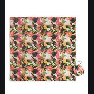 Kate spade pink green floral picnic blanket nwt
